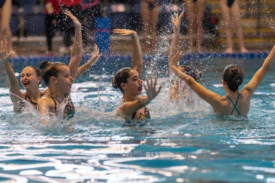שחיה אומנותית אולימפיאדת הילדים